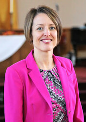 Pastor Carol McEntyre